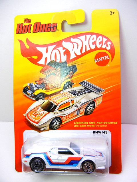 hot wheels hot ones bmw m1 (1)