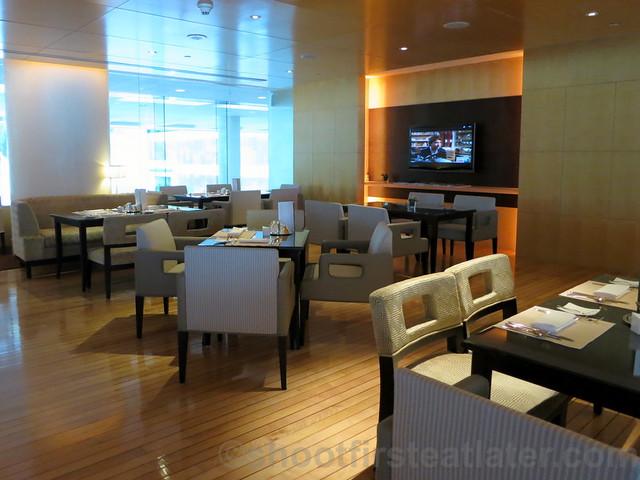 Club InterContinental Breakfast-002