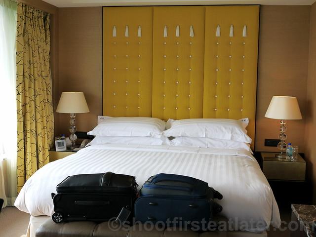 Intercontinental Hong Kong Junior Suite-001