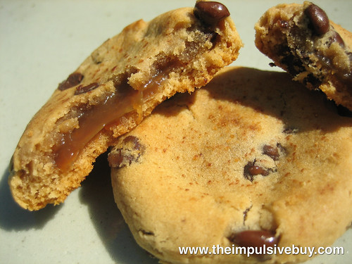 Chewy Chips Ahoy Gooey Caramel Closeup