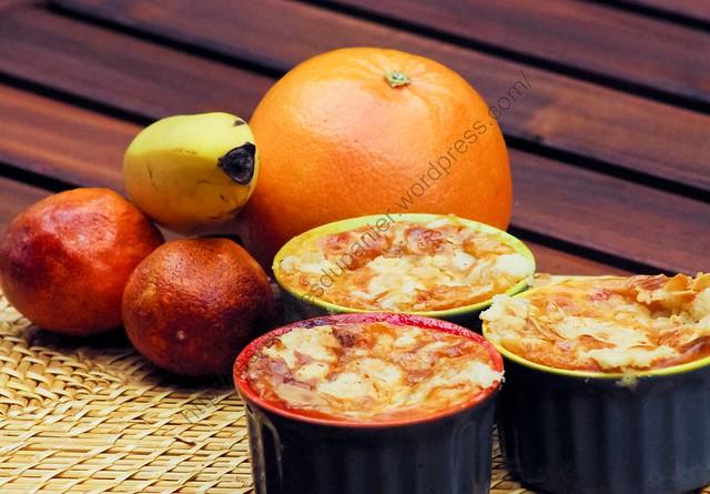 Flan aux pamplemousses, oranges sanguines, bananes et streusel / Grapefruit, Blood Orange, Banana and Streusel Flan