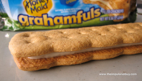 Nabisco Honey Maid Banana Vanilla Crème Grahamfuls Closeup