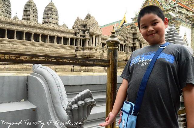 grabby at grand palace 9