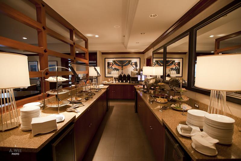 Sheraton Club Lounge Dining Counter