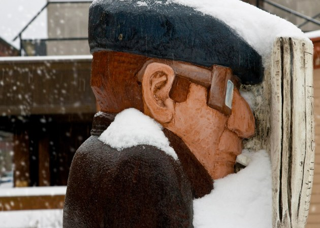 Saint John : John Hooper Statue - Head in the News