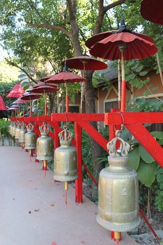 20120123_2510_Wat-Phan-Tao-bells