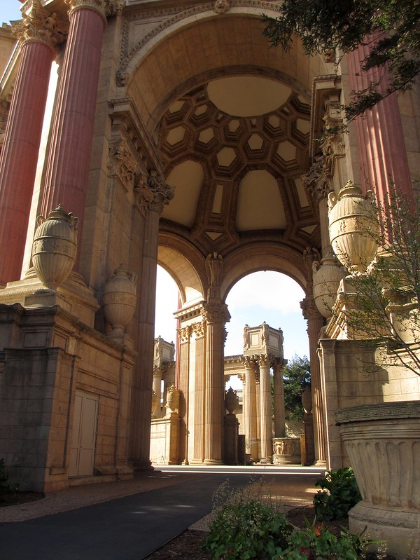 There were many arches and columns. It was most tranquil.