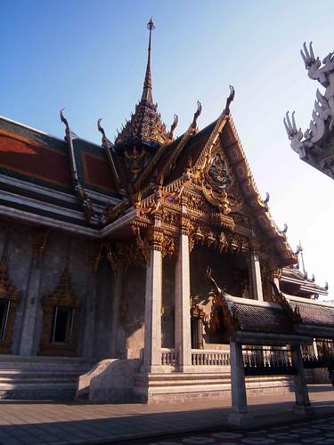 Wat_Hua_Lamphong_E_11