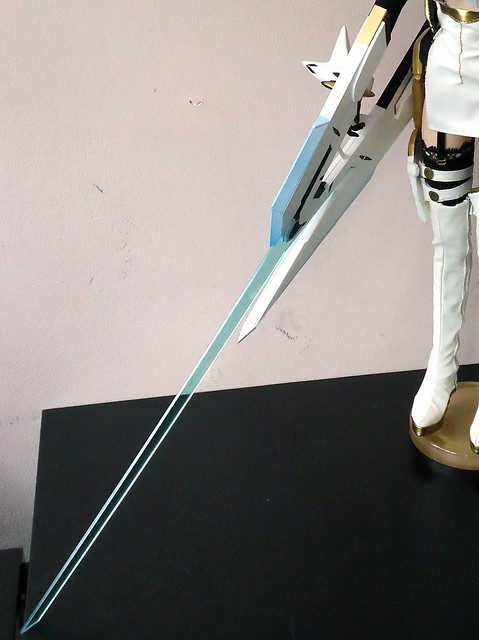 KOS-MOS sword