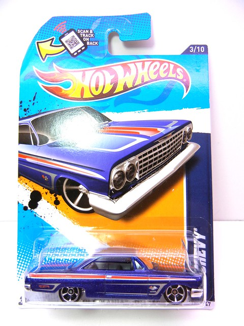 hot wheels '62 chevy blue (1)
