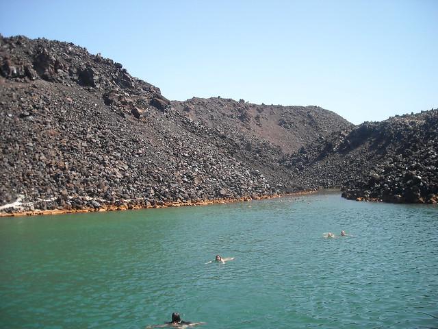 Aguas termales de Nea Kameni
