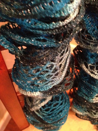 Frilly Scarf - finished - 2