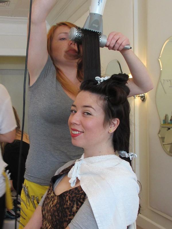 Eli of Thrift Eye getting her hair done at Drybar