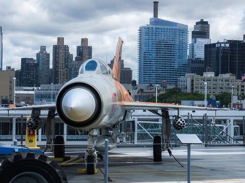 Jet Fighter by wwward0