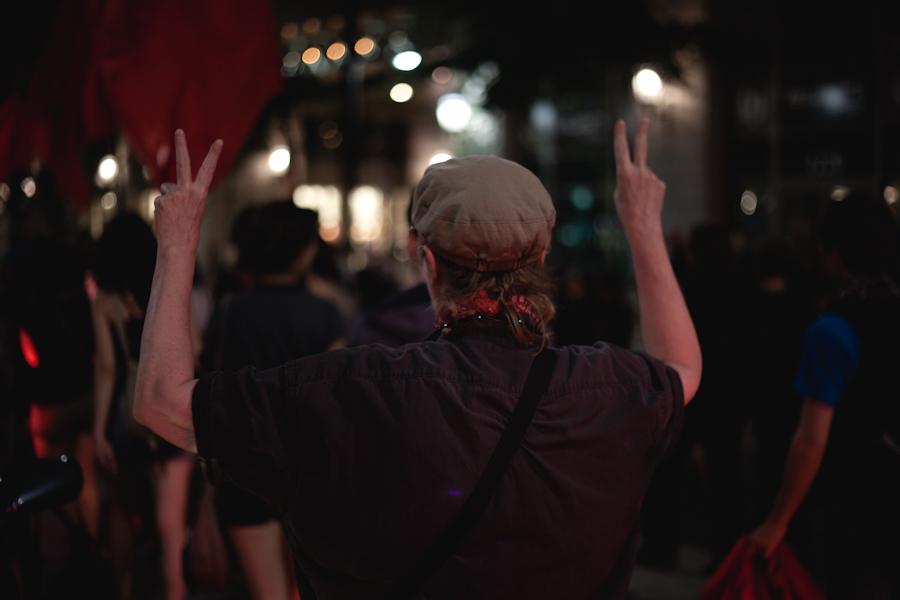 75e manifestation nocturne! Manif chaque soir, jusqu'à la victoire! [photos Thien V]