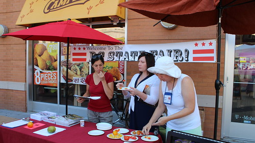 Tastiest Tomato judges Ibti Vincent (from left), Carol Blymire, and Kathy Jentz