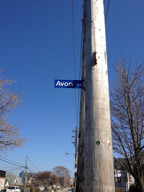 Avon Ave