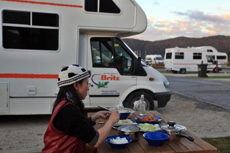 露營地外的野餐