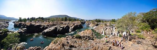 Panoramic view of Hogenakal Falls