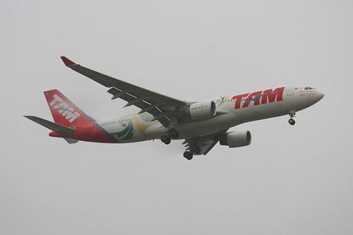 TAM | Airbus A330-200 @ SBGR