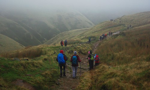 20111016-05_Descent into Edale out of the mist (Jacobs Ladder Path) by gary.hadden