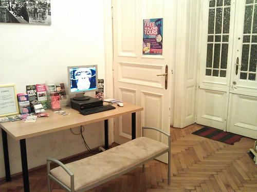 Dónde dormir y alojamiento en Budapest (Hungría) - Small Group Hostel.