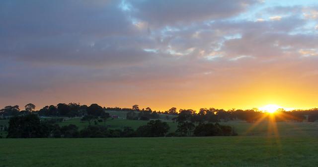 Sunrise over Woodlands Homestead 2012-04-29 (_MG_6996_7_8)