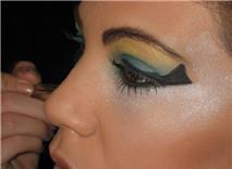 yo maquillando egipcio