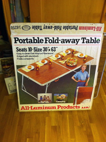 Fold-away Table
