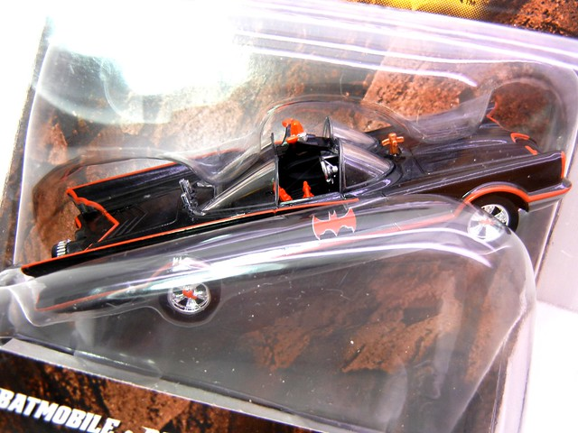 hot wheels batman 1966 tv batmobile (2)