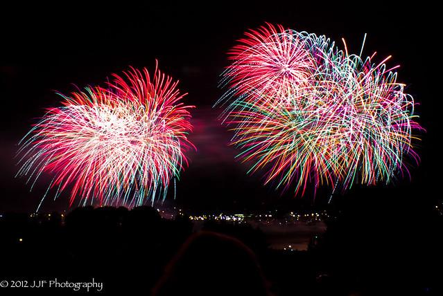 2012_Jul_07_Fireworks - Sail Fest_044