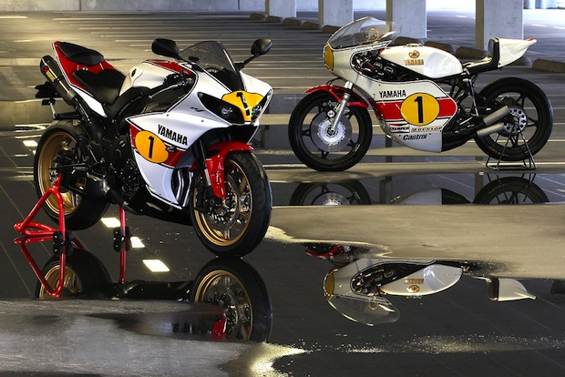 the auctioned Giacomo Agostini Yamaha R1 'Ago' special edition - picture by Yahama Motor Nederland BV