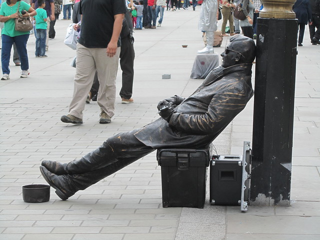 Even living statues need to take a break...