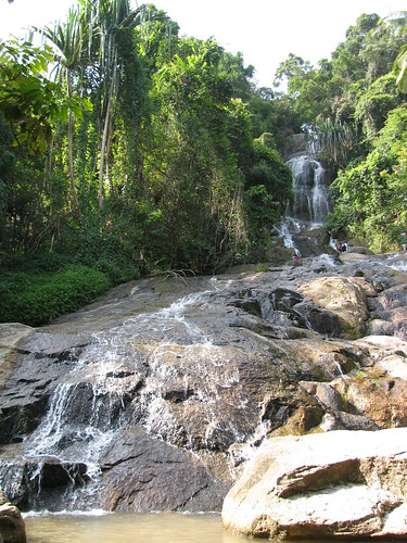 Namuang Waterfall by holidaypointau