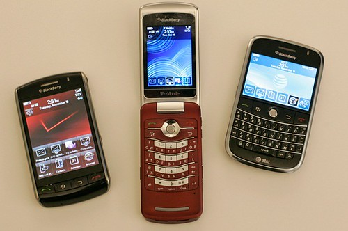 6. BlackBerry Storm, BlackBerry Pearl Flip,BlackBerry Bold (2008)