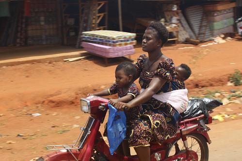 Igbo Mother And Babies - Iheaka Village, Enugu State. Nigeria by Jujufilms