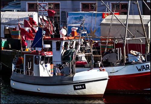 Fischerboot im alten Strom