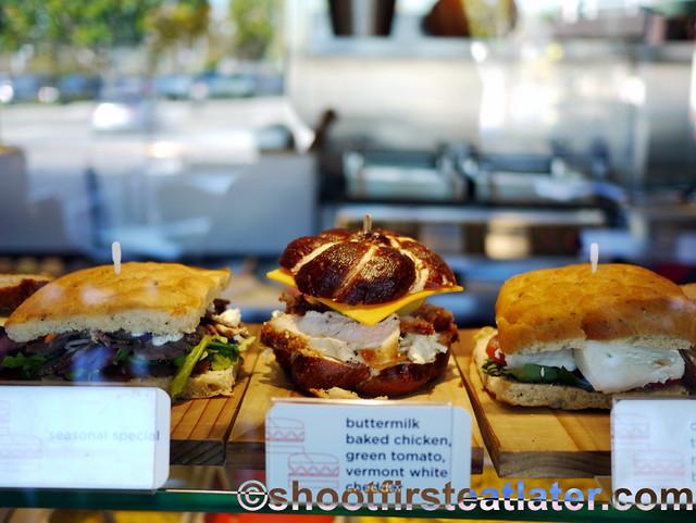 Lemonade L.A.- sandwiches.-013