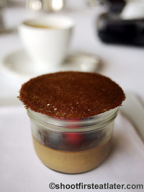 Grissini Hong Kong - dark chocolate & espresso petit pot with fresh berries