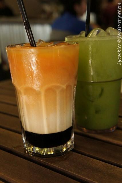 16.Grafa-three layer tea
