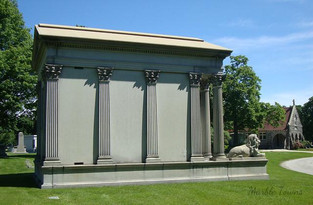 Schaaf mausoleum-Rosehill.JPG