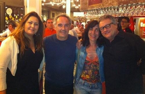 PATRICIA SCHMIDT, FERRAN ADRIA  SU ESPOSA Y CHRISTIAN ESCRIBA