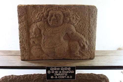 20130114_7003-museum-carving_Vga