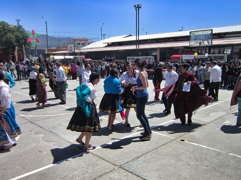 Fiesta patronales dancing