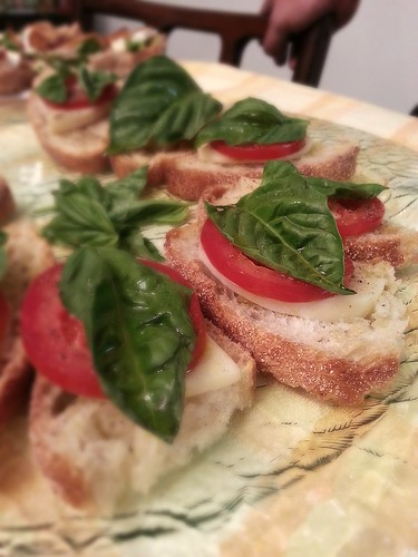 Tomato, basil, and mozzarella crostini by pipsyq