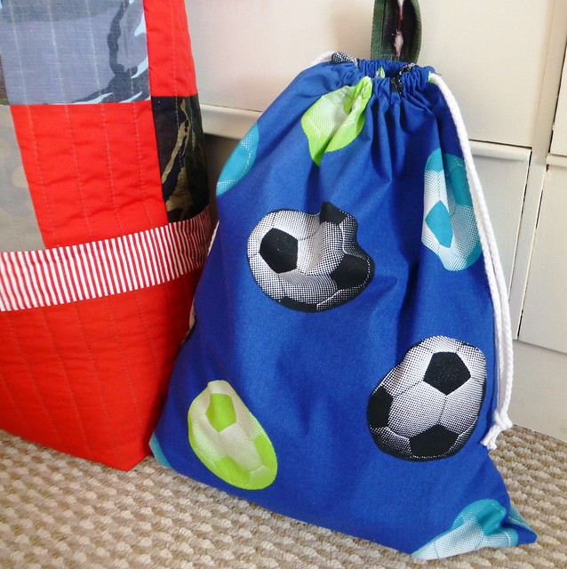 Footie bag 001