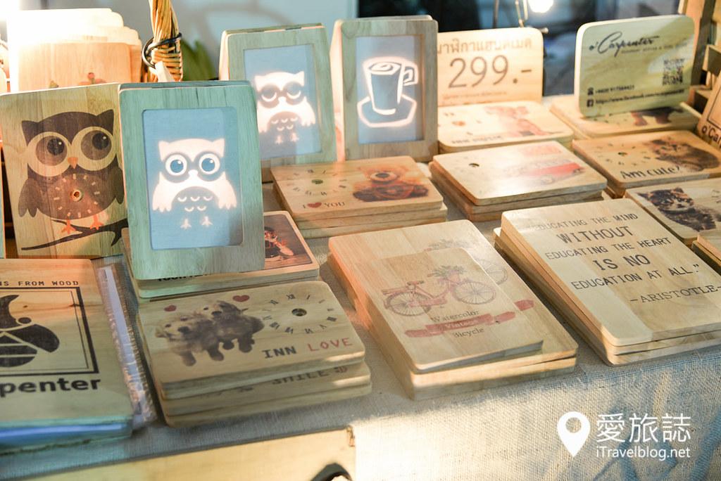 《曼谷夜市集景》TGIF Market:主题型快闪周末创意市集