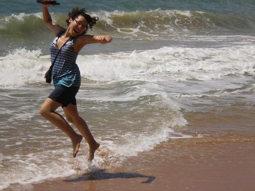 Brincando en el aire by Charmaine Vazquez