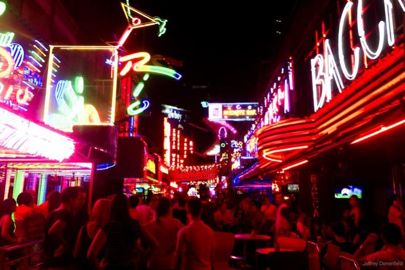 2013-04-27 Bangkok - IMG_3535-FullWM