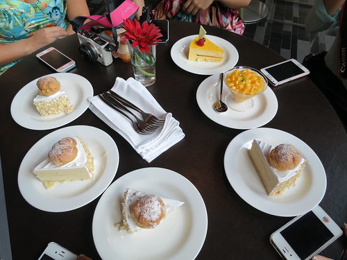 Azur Restaurant Review, Azur Restaurant, Weekend Buffets, Weekend Brunches, Crowne Plaza Hotel, nadnut, Singapore Food Blog, Crowne Plaza Changi Airport, Azur menu, singapore lifestyle blog, Azur New Weekend Changi Brunch Menu, Brunch buffets, Buffets in the East,  Buffets in Singapore, Hotel Buffets